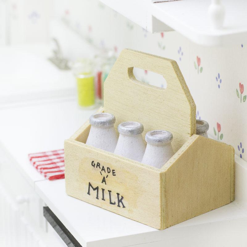Miniature milk crate with milk bottles kitchen for Milk crate crafts