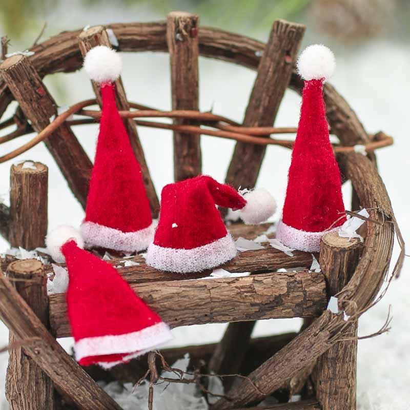 b4650b55275d2 Miniature Felt Santa Hats - Doll Hats - Doll Supplies - Craft Supplies