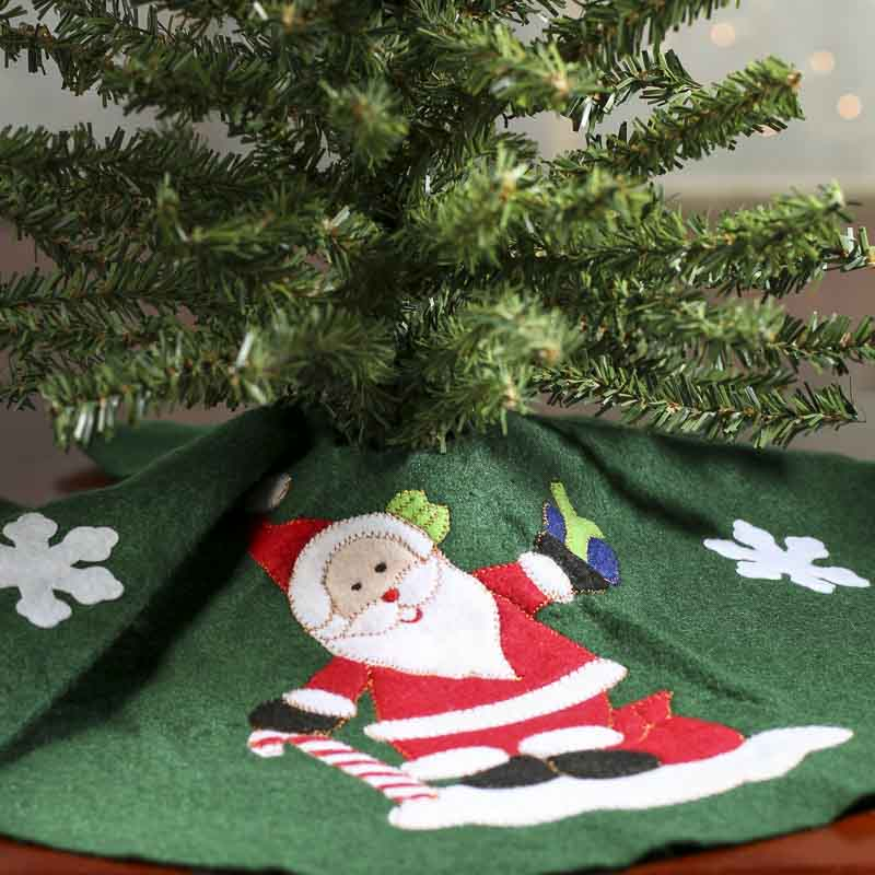 click here for a larger view - Small Christmas Tree Skirt