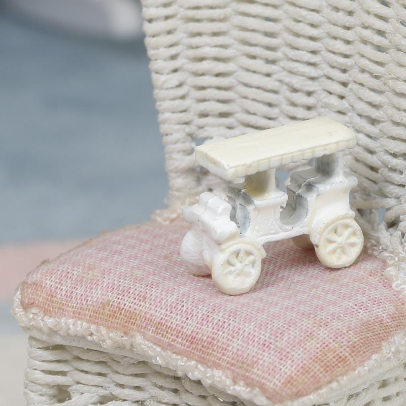 Micro Mini Old Fashioned Car Whats New Dollhouse