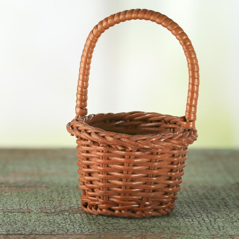 small wicker basket kitchen miniatures dollhouse. Black Bedroom Furniture Sets. Home Design Ideas
