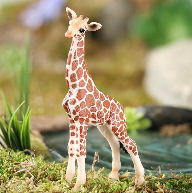 Miniature Baby Giraffe Animal Miniatures Dollhouse Miniatures