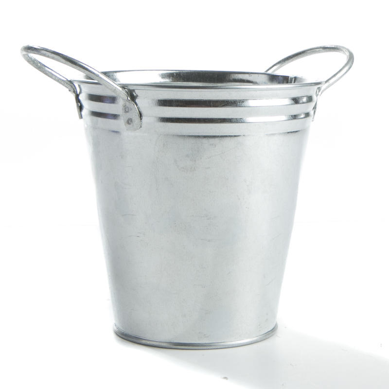 Galvanized metal bucket decorative containers kitchen for Galvanized well bucket