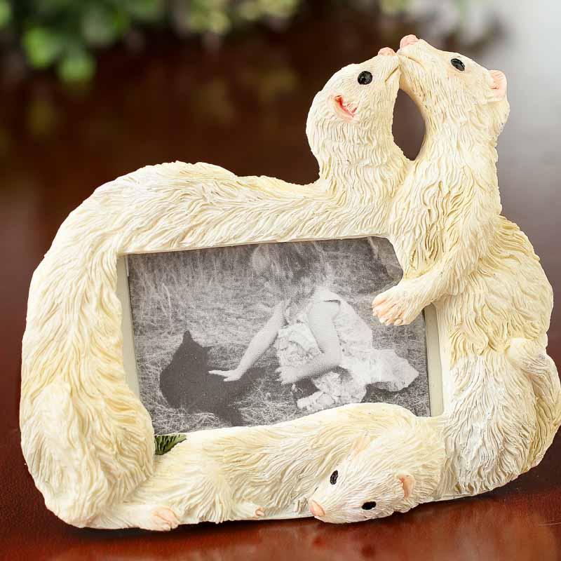 small ferret magnet picture frame picture frames home. Black Bedroom Furniture Sets. Home Design Ideas