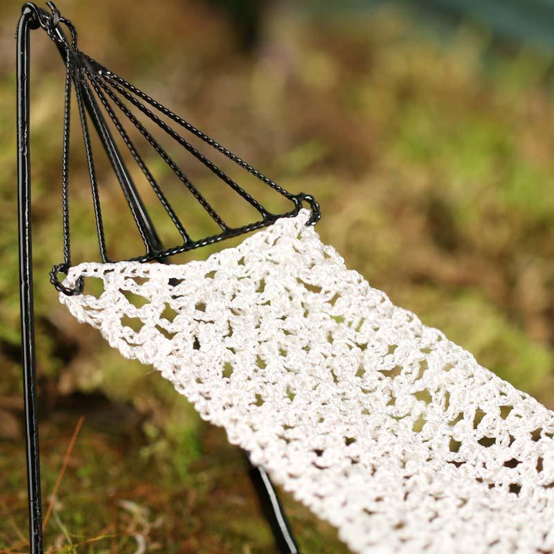 29 Crochet Hammock Free Patterns - The Funky Stitch | 800x800
