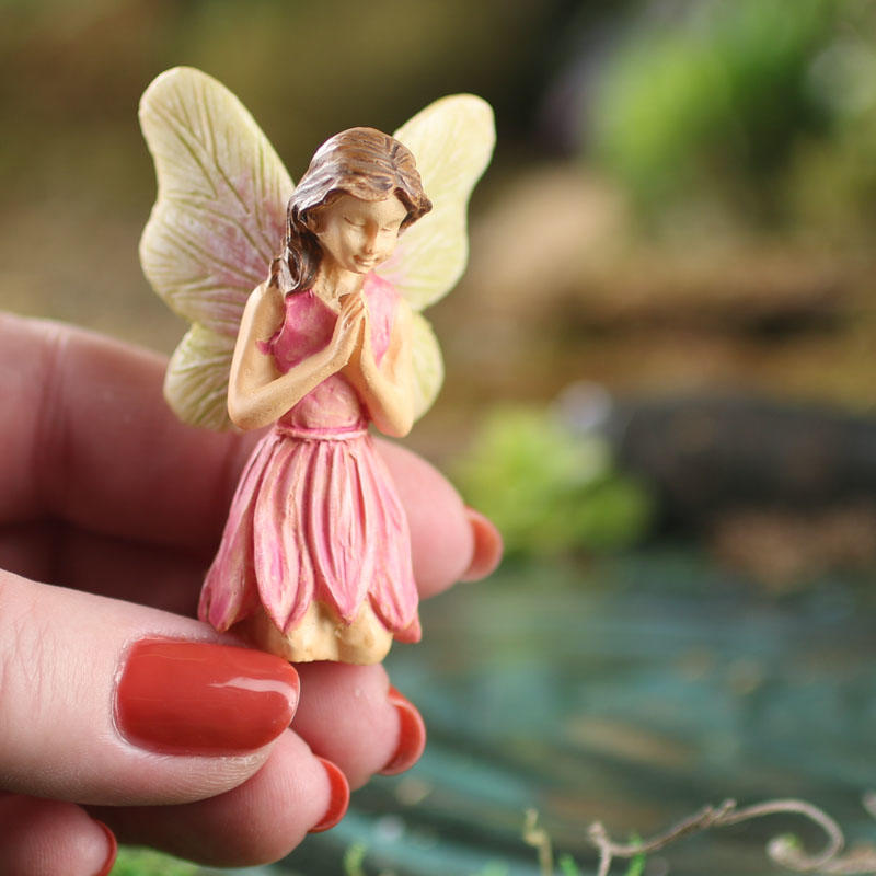 Gnome Garden: Miniature Praying Caroline Fairy