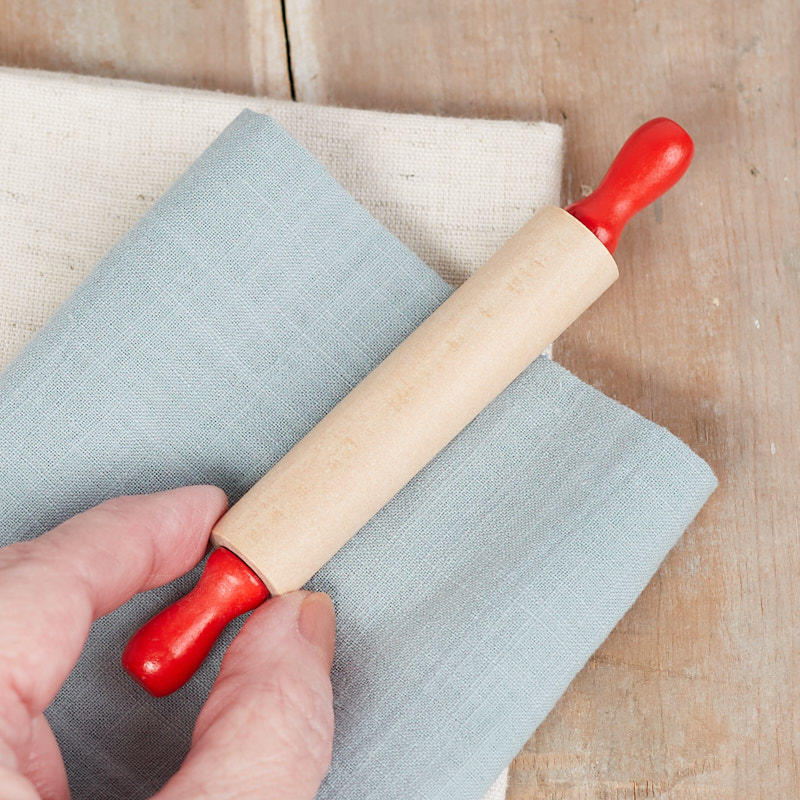 Small Retro Inspired Wood Rolling Pin Kitchen Utensils