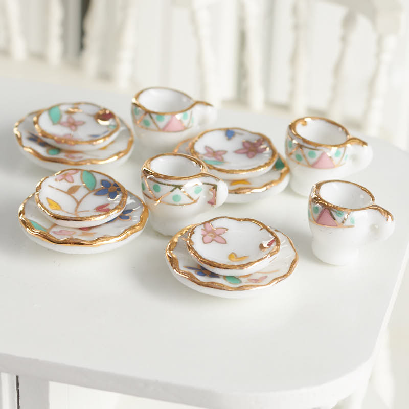 Dollhouse Miniature 40 Pieces Place Setting Plates Silverware Bowls 1:12 Scale
