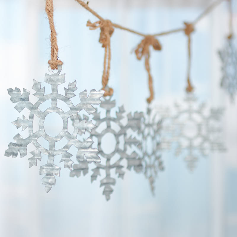 6 Pieces Factory Direct Craft Corrugated Galvanized Metal Snowflake Ornament
