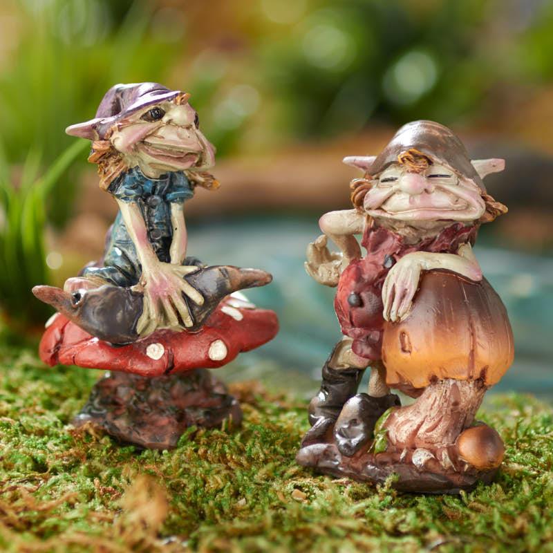 Gnome Garden: Miniature Mushroom Garden Gnome