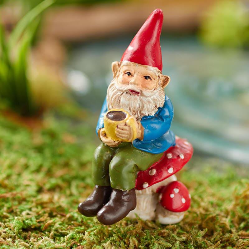 Gnome In Garden: Miniature Caffeinated Garden Gnome