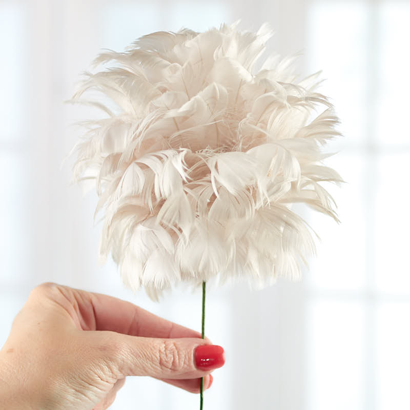 Natural feather flower stem feathers and boas kids for Where can i buy feathers for crafts
