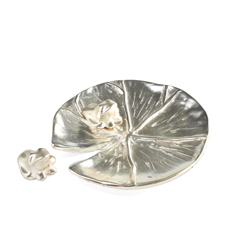 Demdaco Silver Lily Pad and Frogs Set - Table Decor - Home Decor