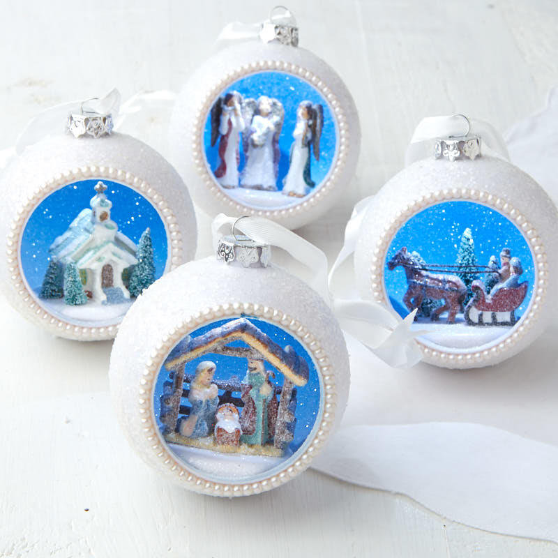 Christmas Diorama Ornaments.Christmas Diorama Ornament Set