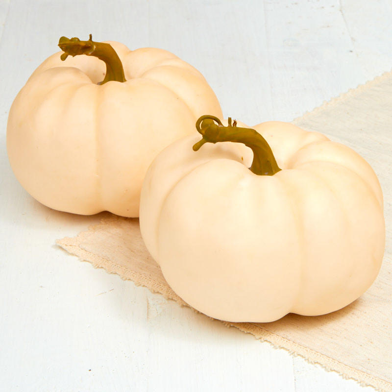 Nothing says fall and Halloween like pumpkins! Whether you leave them natural or carve them into jack o lanters, our pumpkin decor is a fantastic way to get into the spirit. Whether you leave them natural or carve them into jack o lanters, our pumpkin decor is a fantastic way to get into the spirit.