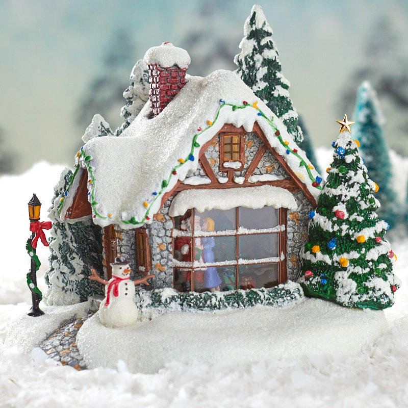 Christmas Miniatures.Miniature Christmas Cottage