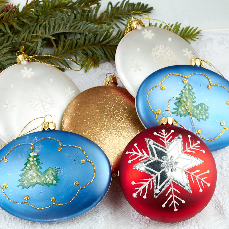 Assorted glass christmas disc ornaments christmas for Glass discs for crafts