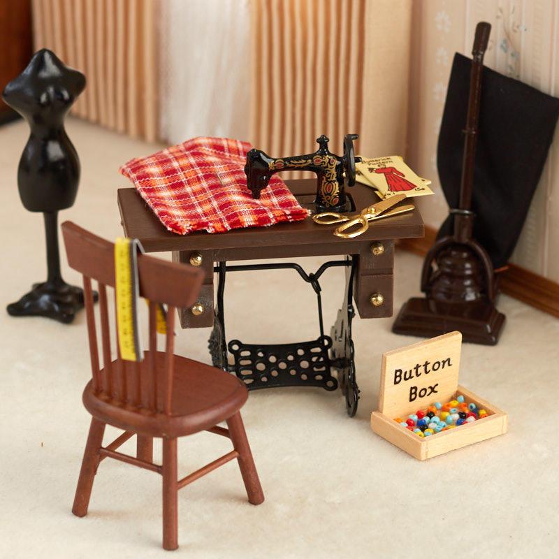 Dollhouse Miniature Sewing Room Set