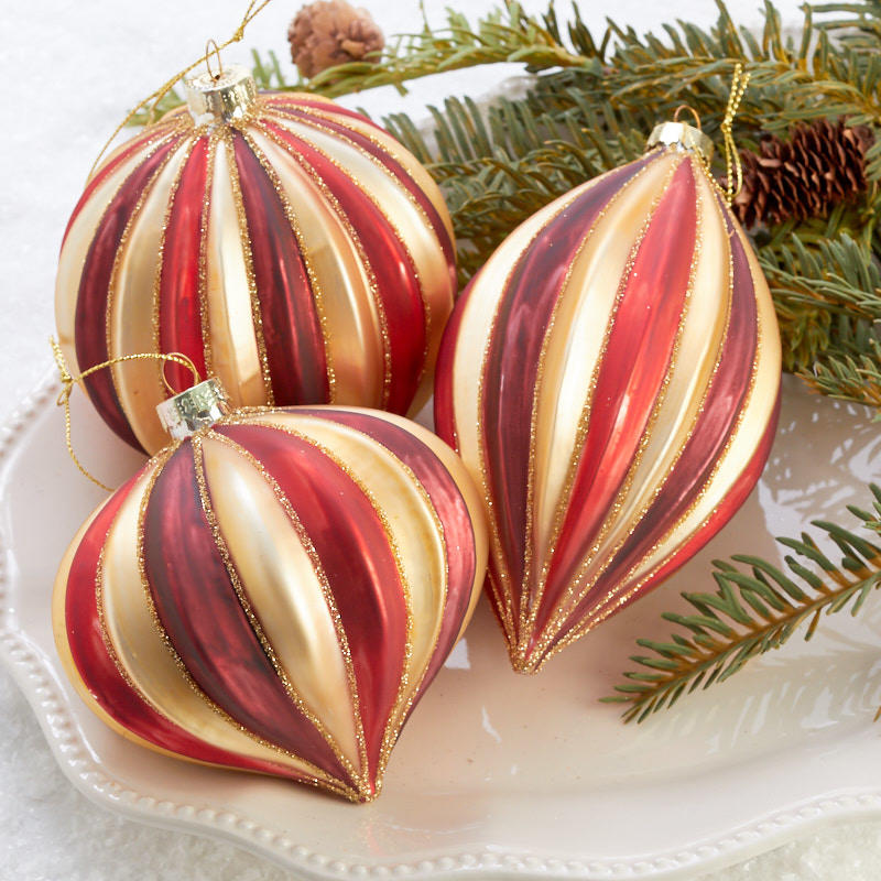 Burgundy Red And Gold Christmas Ornament Set Christmas Ornaments