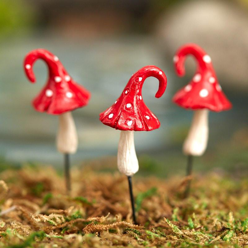Red Mushroom Top Mini Knitting Needles