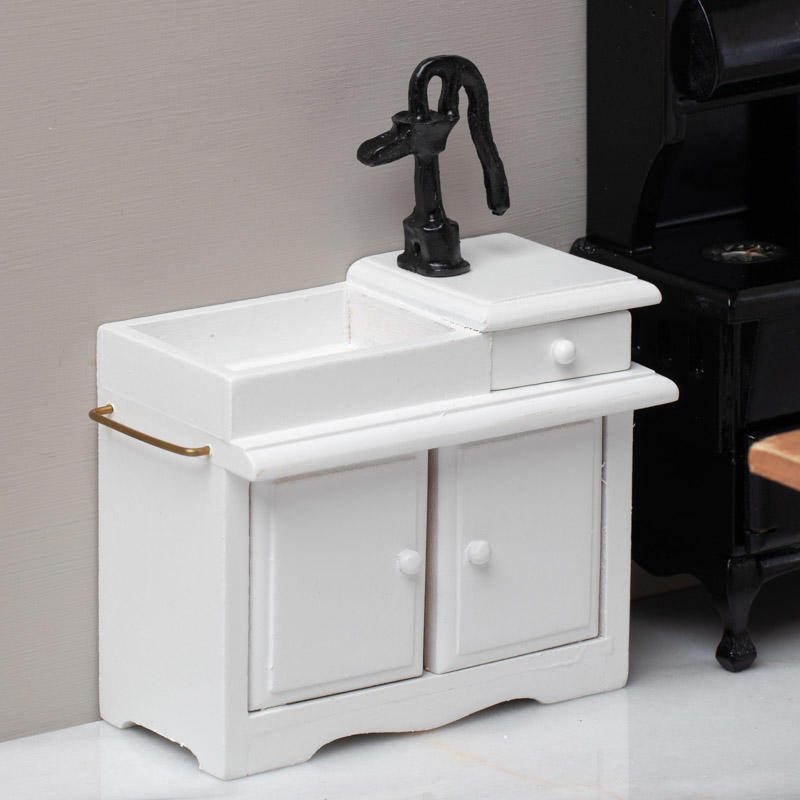 Dollhouse Miniature Kitchen Wet Sink with Pump in White ~ T5074