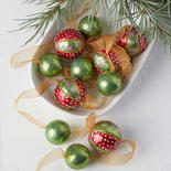 Vintage Inspired Ball Ornament Garland
