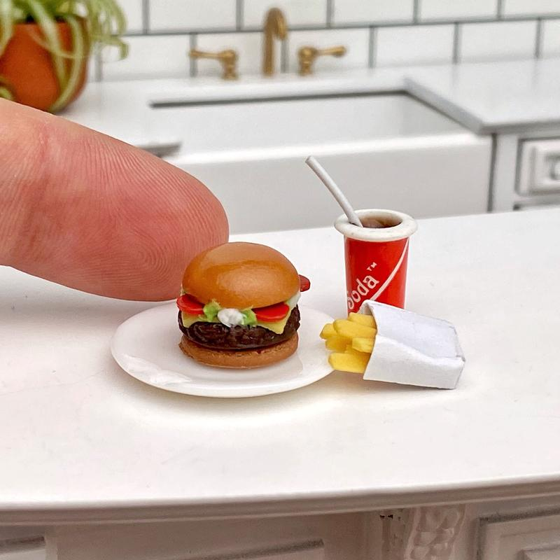 IM65239 MINIATURE DOLLHOUSE 1:12 SCALE HAMBURGER//FRIES//DRINK